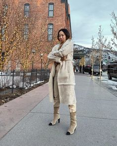 Come March, frigid temps finally begin to give way to sunny, 50-degree weather. But dressing for in-between seasons can feel like you're simply throwing mismatched staples together. To keep things fresh, instead consider ways to reimagine classic…