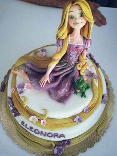 . Fondant Cake Designs, Cool Cake Designs, Cake Cookies, Cupcake Cakes, Rapunzel Cake, Pasta Flexible, Sugar Art, Princesas Disney, Amazing Cakes