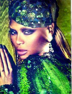 Makeup: Francesca Tolot