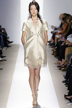 J. Mendel Spring 2007 Ready-to-Wear Fashion Show - Freja Beha Erichsen
