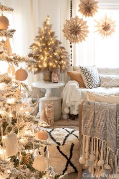 Find out how easy and affordable it is to make this stylish boho pampas grass Christmas tree | DIY pampas Christmas tree | how to make a pampas grass Christmas tree | Christmas tree DIY | boho Christmas decor | bohemian Christmas tree decor | neutral Christmas tree decor Christmas Angel Decorations, Tabletop Christmas Tree, Christmas Bedroom, Farmhouse Christmas Decor, Christmas Is Over, Christmas Home, Boho Diy, Bohemian Decor, Fixer Upper
