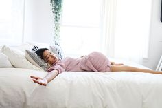 3 stretches to do in bed before you start your day!