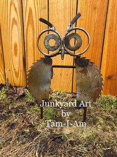 Junkyard Art by Tam-I-Am. Repurposed scrap metal welded together to make a yard owl.