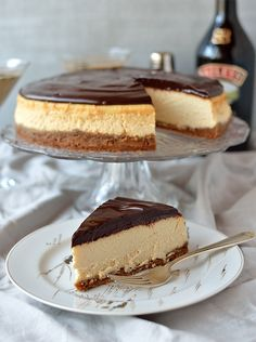 Fabulous Boston Cream Cheesecake – Low Carb and Gluten Free