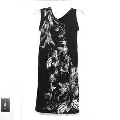 BCBG Max Azria black and white dress Excellent condition! pleats on bottom & pockets!! polyester/spandex BCBGMaxAzria Dresses
