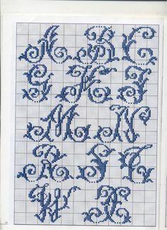 Monogram Cross Stitch, Cross Stitch Alphabet, Embroidery Patterns, Hand Embroidery, Crochet Alphabet, Cross Stitch Tutorial, Alphabet And Numbers, Alphabet Letters, Modern Cross Stitch Patterns