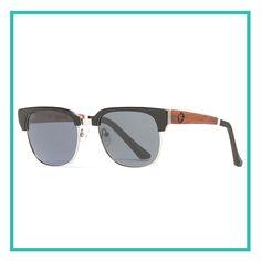 Cada par de óculos da Proof é artesanalmente produzido a partir de madeiras naturais. Esta armação combina silhuetas de inspiração clássica com uma estrutura moderna. Estes óculos criam uma aparência confiante, suave e completamente única. Compra agora - http://www.dialetu.com/pt/sawtooth-blackbone-polarized  #proof #style #sunglasses #eyes #awesome #fashion #silver #black #wood #nature #lifestyle #dialetu