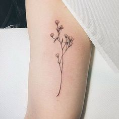 Dainty and Cute Tiny Flower Design. 30+ Beautiful Flower Tattoo Designs.