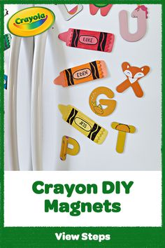 Mag-NEAT-o! Make DIY magnets for the refrigerator or for student desk name plates with this back to school craft idea. Making Crayons, Diy Crayons, Projects For Kids, Crafts For Kids, Arts And Crafts, Diy Classroom Decorations, Crayola, Desk Name Plates, Back To School Crafts