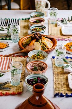 For her handicrafts in Morocco - Chabi Chic - Page 4 Morrocan Food, Moroccan Decor, Iftar, Tapas Dinner, Bangladeshi Food, Tunisian Food, Ras El Hanout, Middle Eastern Recipes, Arabic Food