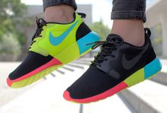 Nike Roshe Run Hyperfuse Black Venom Green