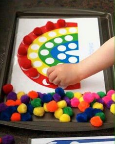 Printables for pom pom activities for kids kids-crafts Kids Crafts, Craft Activities For Kids, Preschool Activities, Cookie Sheet Activities, Toddler Learning Activities, Wood Crafts, Activity Ideas, Toddler Crafts, Activities For 2 Year Olds Indoor