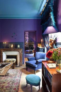 Blue ceiling, purple walls