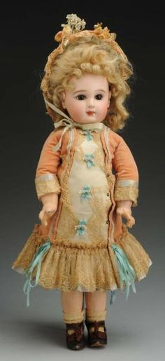 Fresh to the Market Collections Selling Antiques, Madame Alexander, Old Toys, French Fashion, Antique Dolls, French Antiques, Doll Clothes, Harajuku, Gallery
