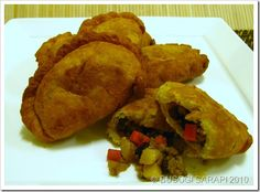 Love the dough recipe for these Filipino Empanadas, nice and buttery