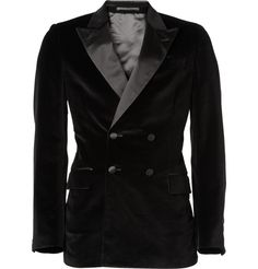 For the dapper gentleman with confidence: Stunning double breasted, peak lapel velvet dinner jacket from YSL. Velvet Dinner Jacket, Velvet Smoking Jacket, Black Velvet Jacket, Velvet Blazer, Double Breasted Tuxedo, Double Breasted Jacket, Tuxedo Jacket, Blazer Jacket, Designer Tuxedo