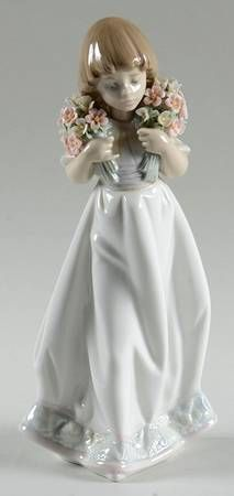 P0000256426S1414T2.jpg (213×450) LLAdro Collector Society FigurinesSpring Bouquets-1987 - BoxedbyLladro(View other Pieces in this Pattern)  $259.95Each