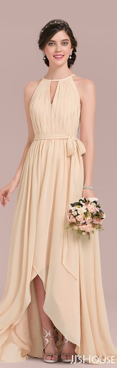 This asymmetrical chiffon bridesmaid dress is perfect! #JJsHouse #Bridesmaid