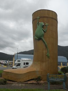 Tully Big Gumboot