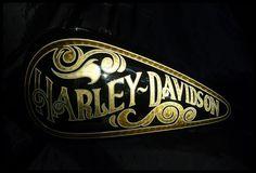 Harley Davidson News – Harley Davidson Bike Pics Harley Bobber, Harley Bikes, Harley Davidson Chopper, Harley Davidson Motorcycles, Pinstriping, Vespa 125, Custom Motorcycle Paint Jobs, Motorcycle Tank, Motorcycle Helmets