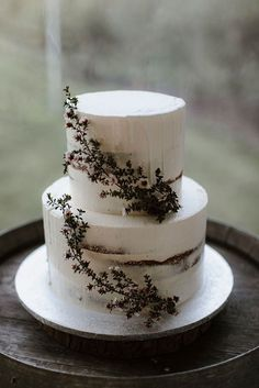 KATE + LACHLAN // Best Picture For wedding cakes vintage glam For Your Taste You are looking for something, and it is going to tell y Wedding Cake Designs, Wedding Cake Toppers, Wedding Cakes, Perfect Wedding Dress, Dream Wedding, Purple Wedding, Gold Wedding, Floral Wedding, Wedding Flowers