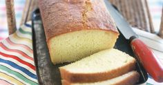 This irresistibly moist cake is given the final touch with a pouring of freshly squeezed lemon juice.