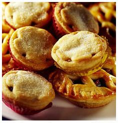 Hulett's Recipe for Fruity Mince Pies. South African Recipes, Cake Fillings, Mince Pies, High Tea, Healthy Living, Recipies, Deserts, Snack Recipes, Muffin