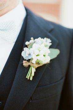 boutonniere ~ Photographer: Alea Lovely // Floral Designer: Victorian Gardens