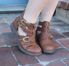 Cut-Out booties with Gold buckles