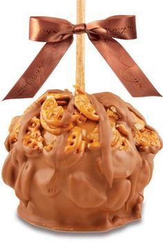Peanut Butter Pretzel Caramel Apple w/ Milk Belgian Chocolate - We use only premium jumbo granny smith apples. Chocolate Apples, Chocolate Caramels, Fall Desserts, Cookie Desserts, Fruit Recipes, Apple Recipes, Gourmet Caramel Apples, Peanut Butter Pretzel, Sweet Tooth