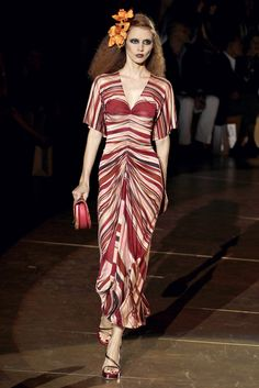 Marc Jacobs Spring 2011 Ready-to-Wear Fashion Show - Luisa Bianchin