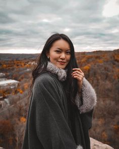 grey poncho with faux fur collar and lining. Grey Poncho, Faux Fur Collar, Personal Style, Believe, Take That, My Style, People, Instagram, Fashion