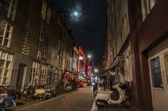 Amsterdam streets at night! Finnish Language, Amsterdam, Asia, Europe, Adventure, Night, Street, Photography, Travel