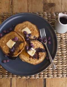 When breakfast demands something more than porridge, try porridge in a drop scone. Perfect for after school snacking as well. Thermomix Pancakes, Thunder Cake, Drop Scones, After School Snacks, Recipe Images, Breakfast Time, Blueberry, Oatmeal, Cooking Recipes