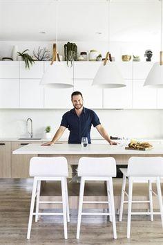 Darren Palmer reveals his brand-new Bondi Beach kitchen Beach Kitchens, Home Kitchens, Kitchen Furniture, Kitchen Interior, Living Furniture, The Block Judges, Freedom Furniture, Interior Styling, Interior Design