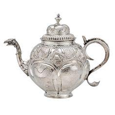 Google Image Result for http://images.betteridge.com/images/products/standard/dutch-silver-tea-pot-antique-eagle-spout.jpg
