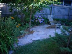 Absolutely love this flagstone patio