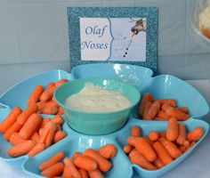 Disney Frozen Birthday Party DIY Ideas - Great For Children - Pickease Here you'll see how I pulled together the perfect Frozen party for my son with these Disney Frozen Birthday Party Ideas! Frozen Birthday Party, Olaf Party, Elsa Birthday, Frozen Theme Party, Disney Birthday, 3rd Birthday Parties, Birthday Diy, Princess Birthday, Disney Themed Party