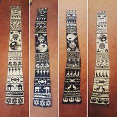 Star Wars Double Knit Scarf - Most impressive. Get the pattern & charts! #starwars #knit #knitting