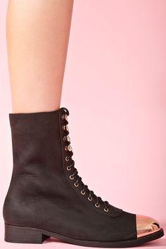 Captoe combat boot! I desperately need you!