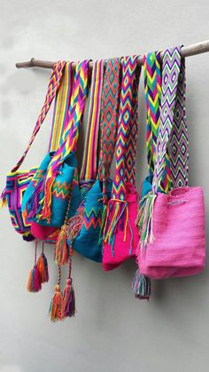 wayuu bags in stock Hand Crochet, Knit Crochet, Crochet Bags, Mochila Crochet, Tapestry Crochet, Boho Look, Knitted Bags, Small Bags, Fashion Bags