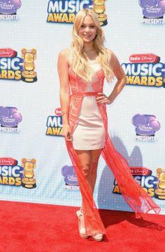 Olivia Holt -- Most Stylish Celebs at the 2014 Radio Disney Music Awards   Twist #RDMAs