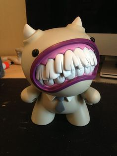Cheese Custom Dunny by freeny - If i were a dentist, this would make a hilarious mascot. Toy Art, Vinyl Toys, Vinyl Art, Boli 3d, Clay Monsters, 3d Prints, Designer Toys, Paper Toys, Art Plastique