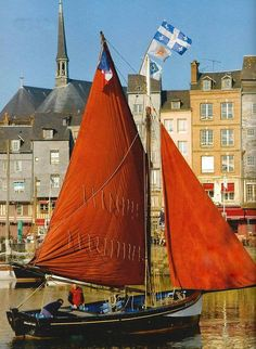 lacloserie:  Honfleur - Normandy - France Stephen Clement Photographer