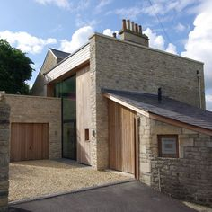 The Fosse by Designscape Architects // Victorian Villa, Contemporary Extension with natural stone cladding xxx Architecture Details, Interior Architecture, Landscape Architecture, Interior Design, Building Design, Building A House, Stone Cladding, Mansions Homes, Loft