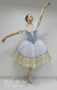 It is a professional stage costume, which is made on the basis of the professional basic romantic tutu. A short-cut bodice is made of semi-stretched fab. Bride Costume, Tutu Costumes, Ballet Costumes, Costume Ideas, Costume Russe, Ballet Russe, Long Tutu, Ballet Tutu, Ballerina Dress