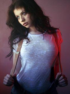 Michelle Trachtenberg   ~ braces sexy cool ~