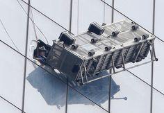 Dramatic scaffolding rescue in New York City | CTV News