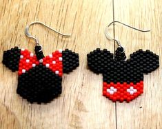 Mickey and Minnie Mouse Ear Earrings - Mickey Mouse Ear Earrings - Minnie Mouse Ear Earrings - Seed Bead Mickey and Minnie Mouse Ear Earring Beaded Earrings Native, Seed Bead Earrings, Etsy Earrings, Seed Beads, Beaded Bracelets, Beaded Jewelry Patterns, Beading Patterns, Mickey Mouse Earrings, Brick Stitch Earrings