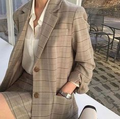 Korean Outfits, Mode Outfits, Skirt Outfits, Fashion Outfits, Womens Fashion, Fashion Ideas, Fashion Fashion, Korean Ootd, Blazer Fashion